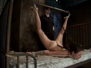 Wifey Learns The Plesures Of Being bound Up