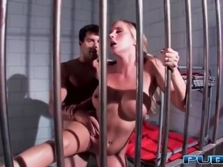 Horny blonde woman, Samantha Saint is fucking a horny guy in his prison cell and enjoying it
