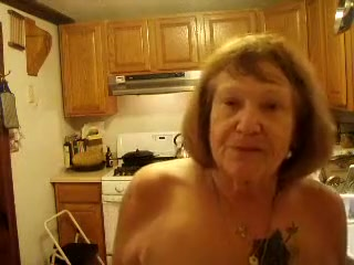 Amazing Homemade record with Grannies, Solo scenes