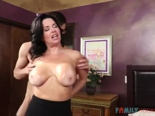 Stepmom Supports My Cock! - Veronica Vain And Veronica Avluv