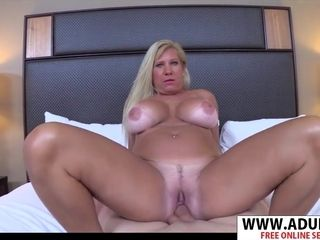 Huge-chested mommy unexperienced porno movie