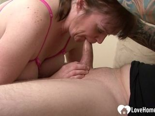 Obese housewife wants his man-meat inwards of her