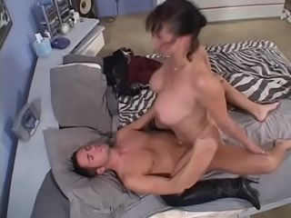 Mischievous chisel inhaling cougar Rhegan O&#039_Makin takes dick in her humid cooch before getting blasted