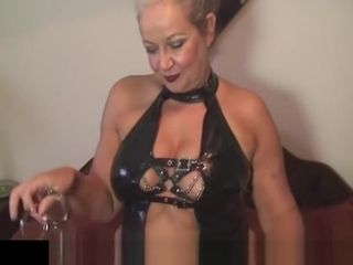 Super-sexy brit GILF April Thomas wild domme in spandex getting off