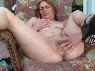 Cristine Ruby in Masturbation Movie - AuntJudys
