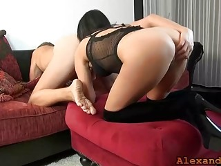 Alexandra Wett: I lick and finger you until you squirt 2x