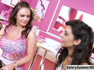 'Valery Summer glammed up and seduced by Lou Charmelle'