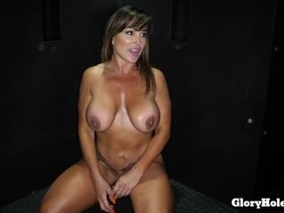 Crazy cougar MAKES enjoy TO pricks WITH HER gullet