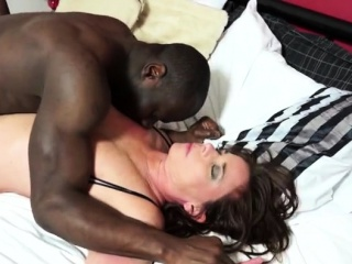 Dark-haired cougar bj and jism on funbags