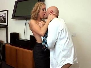 Cougar gets FaceFucked at work
