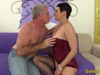Hot short-haired MILF Kali porn video