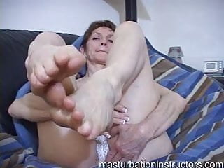 Lady Marie's most delicious toes for sucking
