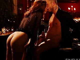 Sensuous mature damsel deepthroats a firm chisel before being romped