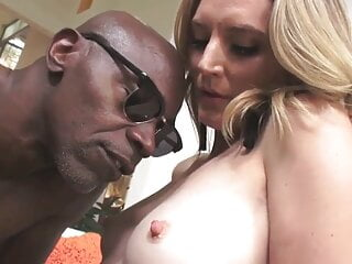 slut celebrity from pervcity, squirting anal milf Mona Wales