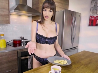 My sexy stepmom Lexi Luna sucked me off at breakfast