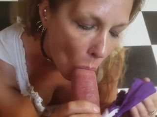 Daizy Layne Loves a Huge Cock Shoved Down Her Throat and Swallows!