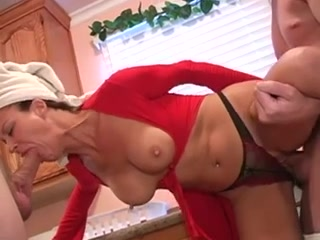 Mature housewife threesome