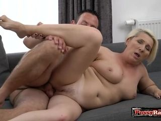 Mischievous boy porks sex addict GILF