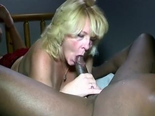 mature wife gives up the ass for bbc