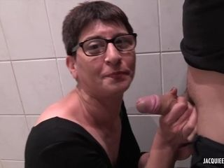 French short haired MILF Deby - amateur porn clip