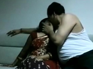 Slender Indian wife gets ravaged in missionary pose