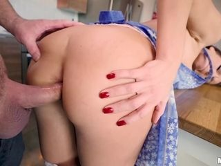 Insane housewife gets up in the morning just for fine rump bang-out