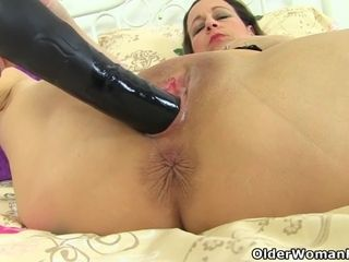 Nurse Ava will demonstrate her new orgasm inducing device