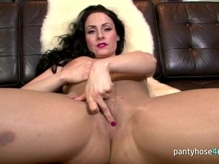 Ultra-kinky black-haired mother in a stocking