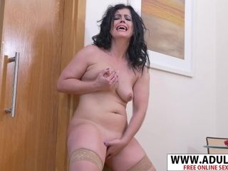 Fleshy cougar Gets astounding climax