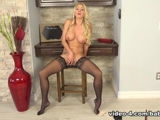 Katie Morgan in Katie Morgon offers an erotic show with her toy - Baberotica